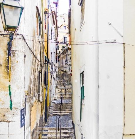 le quartier historique de lisbonne