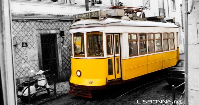 prendre le tramway à lisbonne
