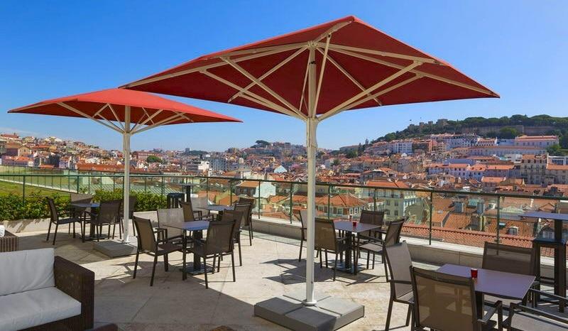 bar terrasse hôtel chiado