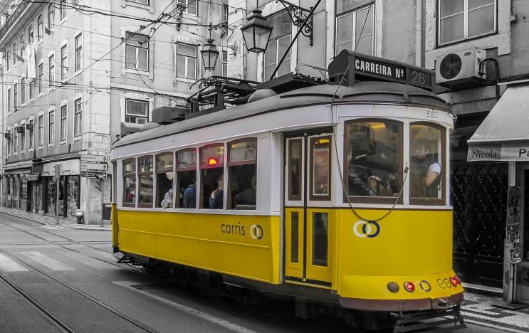 prendre le tramway 28 à lisbonne