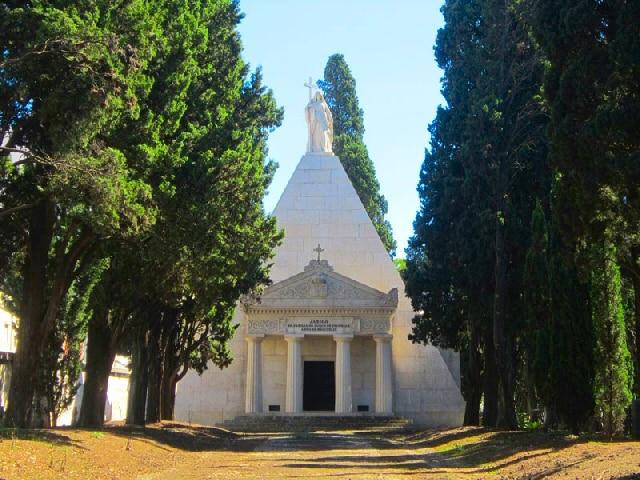 visiter le cimetière de lisbonne