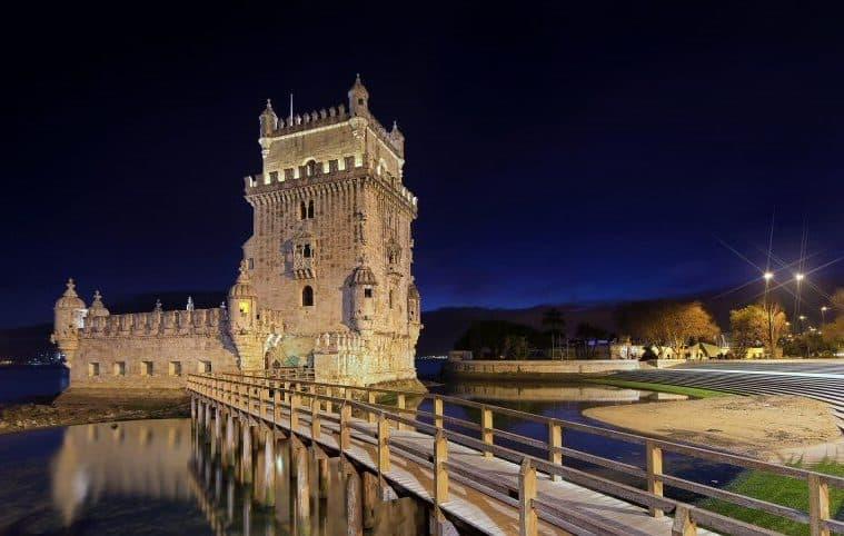 La tour de bel m le symbole des grandes d couvertes for Construire le belem