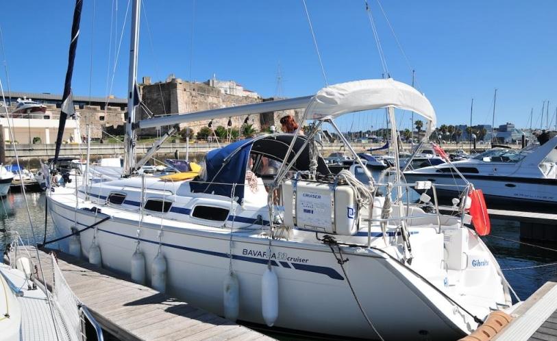 the charm yacht in cascais