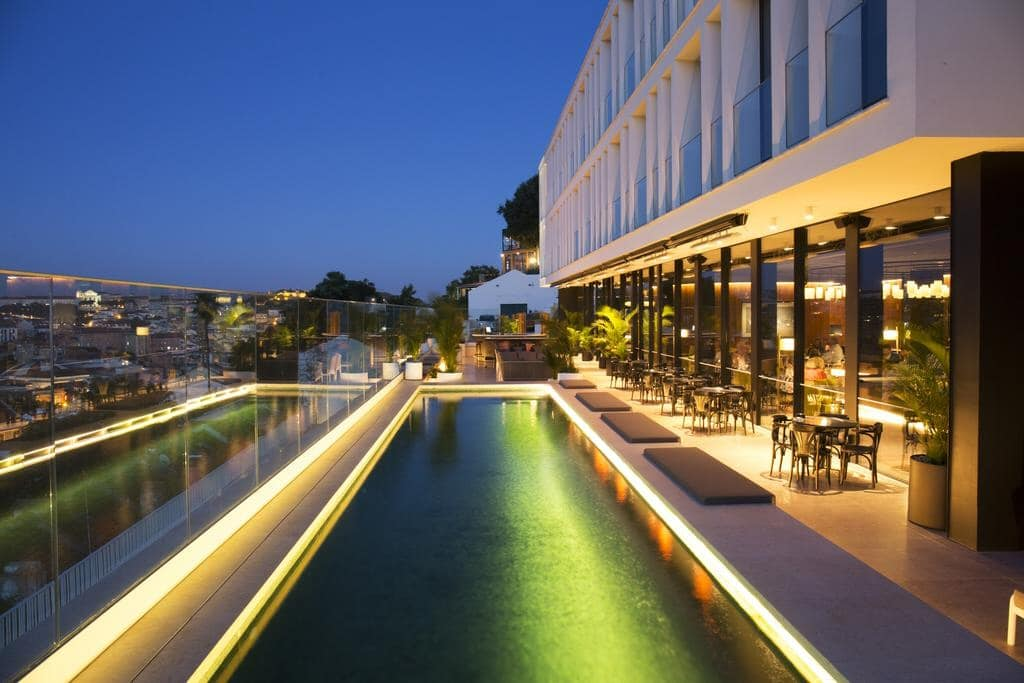 hotel piscine lisbonne centre ville