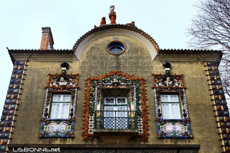 façade azulejos en relief